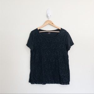 🌻LOFT Black Lace Front Short Sleeve Tee Large